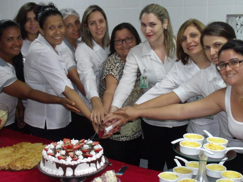 Aniversariantes do mês de dezembro ganham comemoração da Santa Casa de Sertãozinho