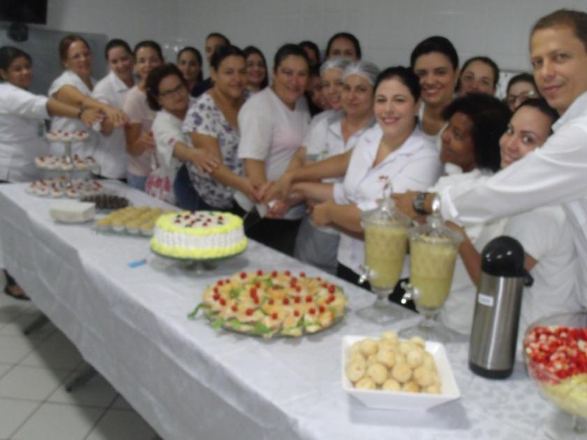 Santa Casa de Sertãozinho proporciona comemoração aos aniversariantes de abril