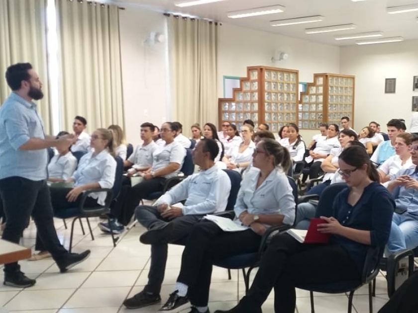 Santa Casa de Sertãozinho realiza palestra sobre higienização das mãos