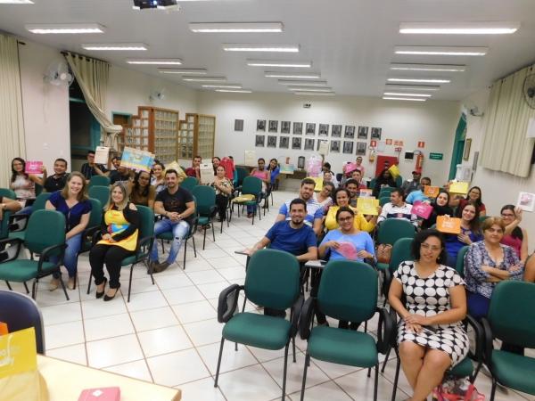 Cerca de 30 gestantes e seus acompanhantes participaram da 3ª edição do curso de gestante 2019 realizado pela Santa Casa de Sertãozinho. No último dia elas foram agraciadas com um sorteio de brindes para os bebês / FOTOS: Josiane Cunha