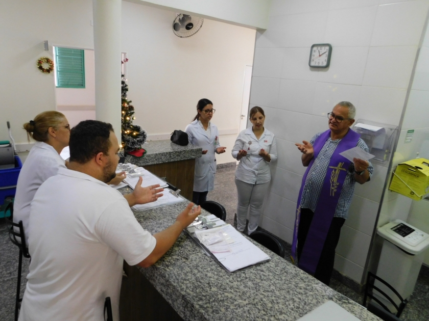 Benção do Presépio e Benção especial com padres marcam a manhã de sexta-feira na Santa Casa de Sertãozinho