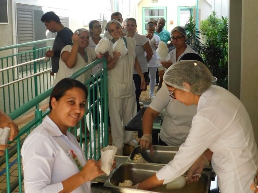 Santa Casa de Sertãozinho recebe Associação Amigos do Projeto Guri para apresentação de sopro e instrumentos de corda