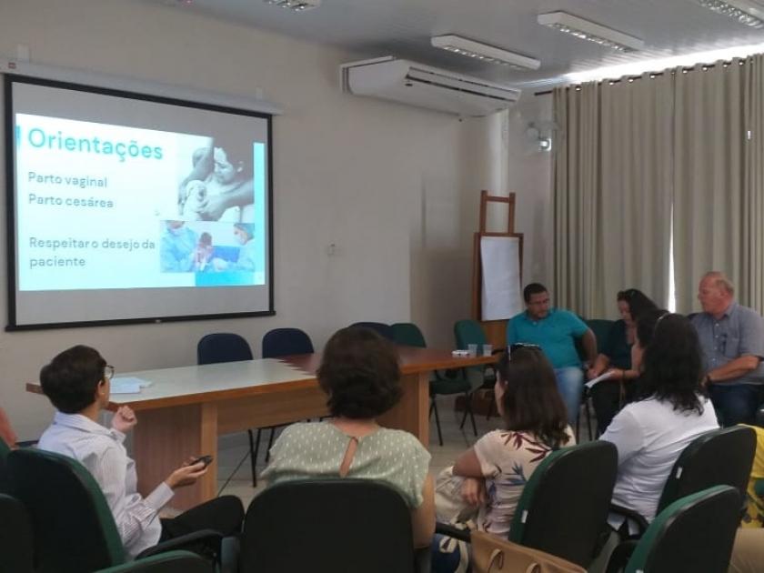 """""""Projeto Nascer"""" é implementado na Santa Casa de Sertãozinho em parceria com a Rede Municipal de Saúde e a Faculdade Estácio, de RP"""