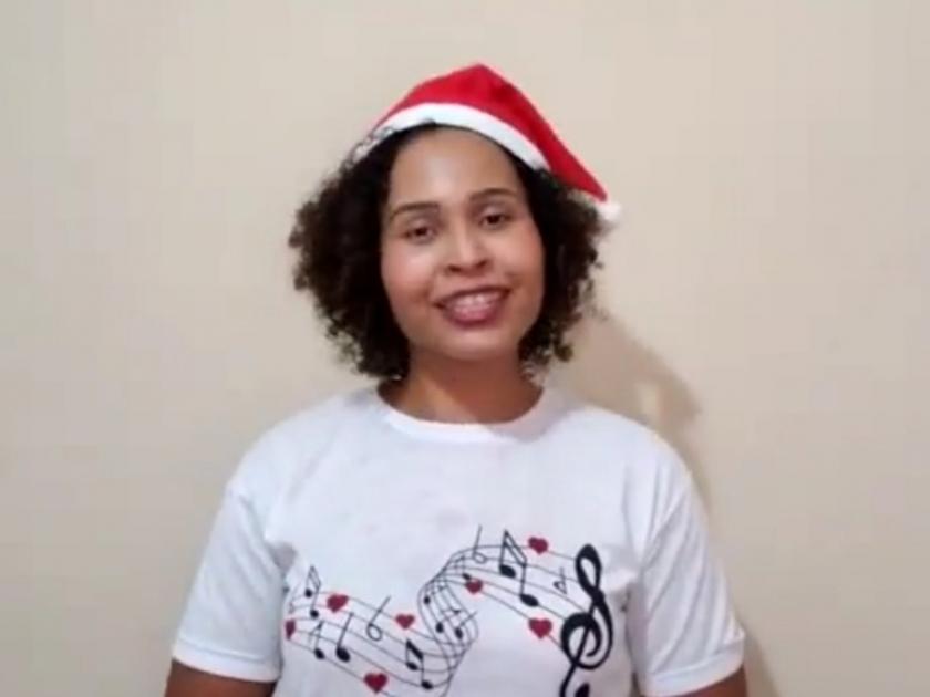 Musicista Rita Nascimento grava mensagem para colaboradores da Santa Casa