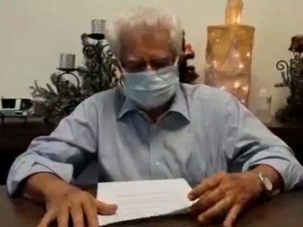 Provedor da Santa Casa, Sr. José Carlos Simões grava mensagem parabenizando os colaboradores por sua dedicação diária em cuidar do próximo